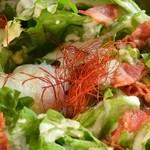 豚匠 - 【ベーコンと温玉のシーザーサラダ】