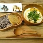 マメゲンカフェ - 豆乳スープ台湾風セット