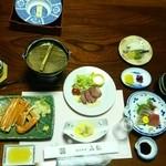 泉都 - 夕食にはカニが出ました。