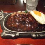 丸の内ディンドン - 洋食屋さんのハンバーグ