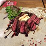 hoopla2 - 大和牛のステーキ1800円