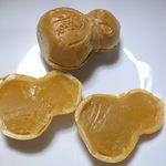 おかしのみずま - 料理写真:ひょうたん最中。いよ柑のあん。