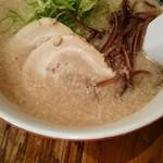 元祖博多だるま - 料理写真:ラーメン700円