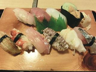 山陰の味処 吉良常総本店 - にぎり寿司