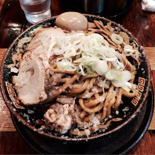 平太周 味庵 - 爆盛油脂麺