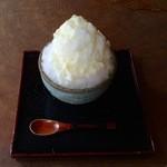 湯の胸茶屋 - 料理写真:ミルク氷 500円