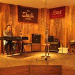 bar T-true - 店内ライブステージ