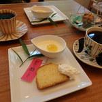 菜食 左ェ門 - しっとりレモンのパウンドケーキ&マンゴーヨーグルトプリン・珈琲