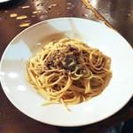 セレニータ - 牛挽き肉と香草のスパゲッティ