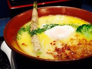 麺巧 潮 - (白)鶏白湯そば¥870