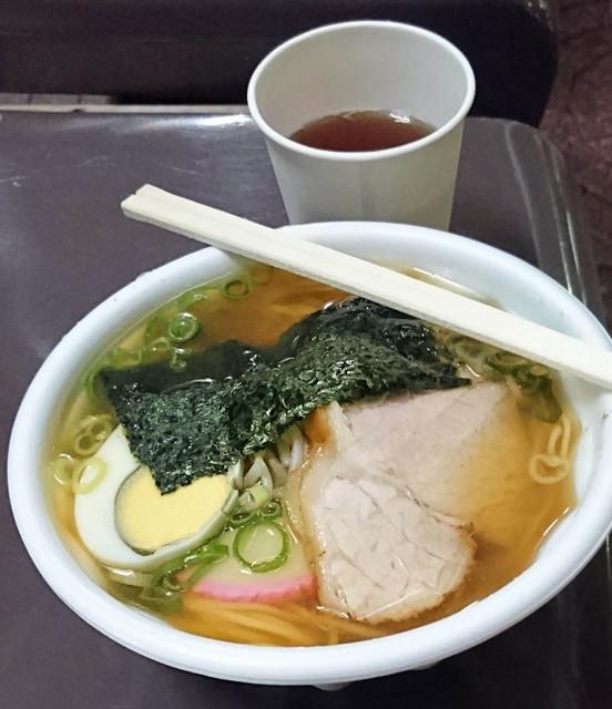 阪神軒 - 屋台ならではの素朴な味!中華そば500円