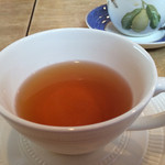 ムレスナ ティーハウス - クラシカルローズがメインのお紅茶と、 オールドストリーム フレーバーなし2杯いただきました(^_^)v