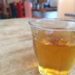 ムレスナ ティーハウス - 水出し紅茶  本日はフレンチベリーと3つの香り