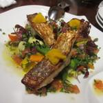 Le un - 魚料理はオーナーがその時期の旬の魚を使って料理をしてくれます、この日はイトヨリのソテー。カリっと焼かれた表面が食欲をそそりました。
