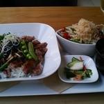 Hearty Cafe - 上州黒毛牛のステーキ丼