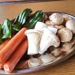 神戸屋形観光汽船 - 焼野菜