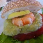 40213968 - 海老とアボカドのサンドイッチ