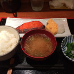 めしの助 - カレイのみりん干し定食