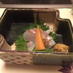 梅の花 - 鯛の松皮炙り