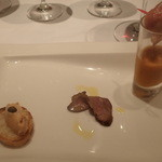 40220385 - 生ハムメロン包み、ガスパチョ、鴨の燻製、サーモンのカナッペ