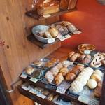 ネコノテパン工場 - パンのディスプレイは、これだけです、でも、どれも魅力的です