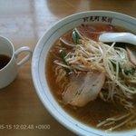 山六食堂 - モヤシ味噌ラーメン
