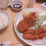 かつれつ亭  湊町店 - 海老フライとヒレの定食