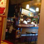 うなぎの次郎長 - 小上がりを含め12〜3席の小さなお店