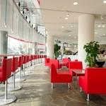 FIAT CAFFE SHOTO - 広くて明るい店内はイベントなどにもご利用いただけます。