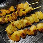 伊達な仙台炉端 強次朗 - 焼き鶏