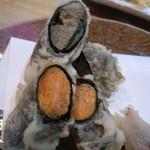 旬楽 ながた - 雲丹とカニ味噌の天ぷらのアップ。美味しい~♡
