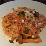 レストラン まつもと - トマトとベーコンのパスタ
