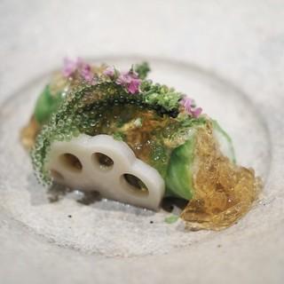 霞庭まつばら - 料理写真:毛がにのレタス包み