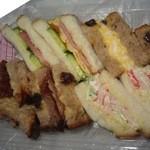 ブーフーウー - 料理写真:ミックスサンド470円