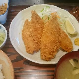 味安 - 料理写真:生アジフライ定食