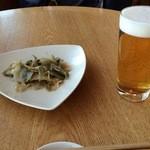40265949 - 生ビールと搾菜