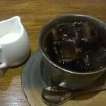 ワイルド ハート - 料理写真:ランチのアイスコーヒー。コーヒー系はランチタイムお替りOKとのこと。