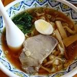 40274733 - 正油ラーメン(刀切麺)690円