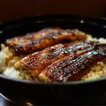 菱や - 鰻丼 2380円