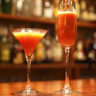 ★200種類の飲み放題メニュー グラスワインも選べます。
