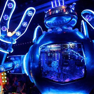 ロボットが踊る!戦う!お子様も大満足!