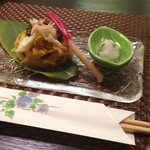 達磨 - 料理写真:今日はお偉いさん方と昼食会〜。こんな懐石料理屋があるって知らなかった…