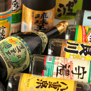 ●泡盛や日本酒も厳選のラインナップ