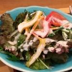 漁師めし 新浜 - 野菜サラダもこんなにたっぷり