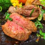 ろく丘 - ミディアムレアの肉