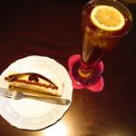 シュクレ - ケーキ、アイスレモンティー