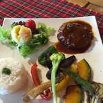 Lunch&cafe 風 - 野菜盛りだくさんのハンバーグランチ