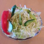 白神森海 - 料理写真:無料の野菜サラダ