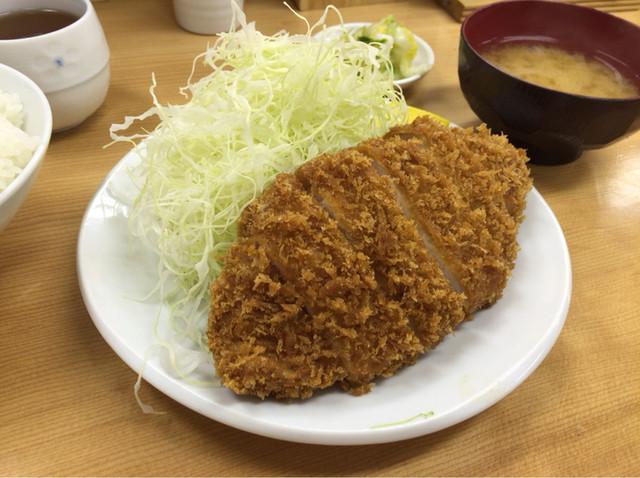 とんかつ いちよし 高田馬場店 - 【ロースかつ定食】(690円税込)