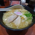 TOKYO豚骨BASE MADE by 博多一風堂 - 豚骨醤油+タンメン野菜入り